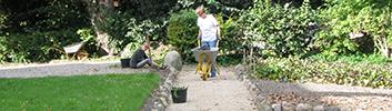 Tirsdag d. 27. juni kl. 18: Se de små haver i Bagergade med Esben Hedegaard og Haveselskabet