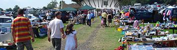 Søndag d. 28. august kl. 12-16: Bagagerumsmarked på Egeskov Mølle