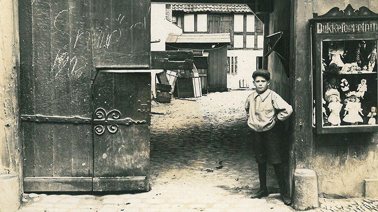 Tag med på en byvandring og hør om Svendborg under besættelsestiden, byens skyggesider og søfartshistorie