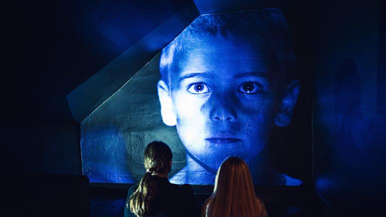 Oplev årets udstilling Syv fattige børn